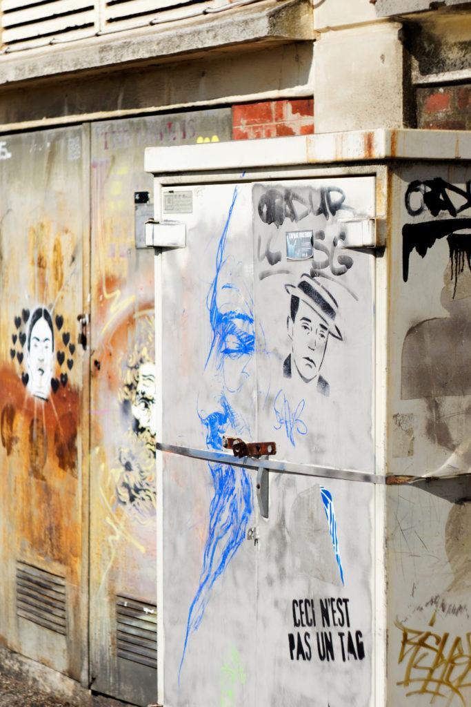 street-art-par-paul-fayt-ceci-n-est-pas-un-tag-cabine-electrique-place-de-la-liberte-saint-quentin-alexandre-bridenne
