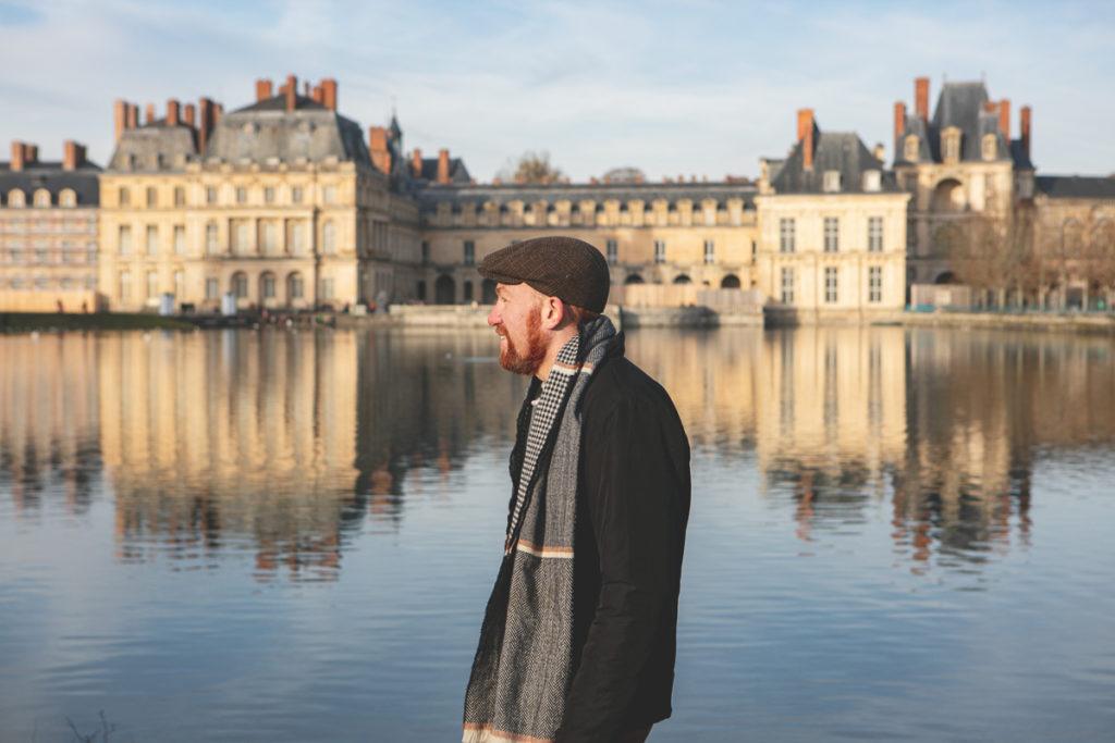 alexandre-bridenne-au-chateau-de-fontainebleau-devant-l-etang-des-carpes-
