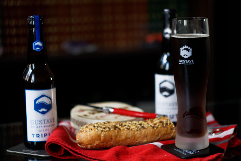 le-verre-gustave-de-type-monaco-presentation-degustation-brasserie-au-coeur-du-malt